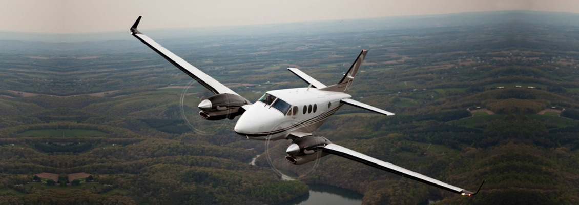 beechcraft king air C90 00